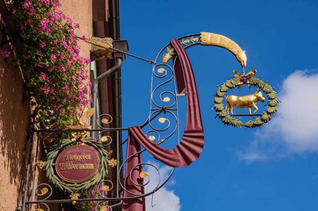 Rothenburg's 'cow' butcher shop sign