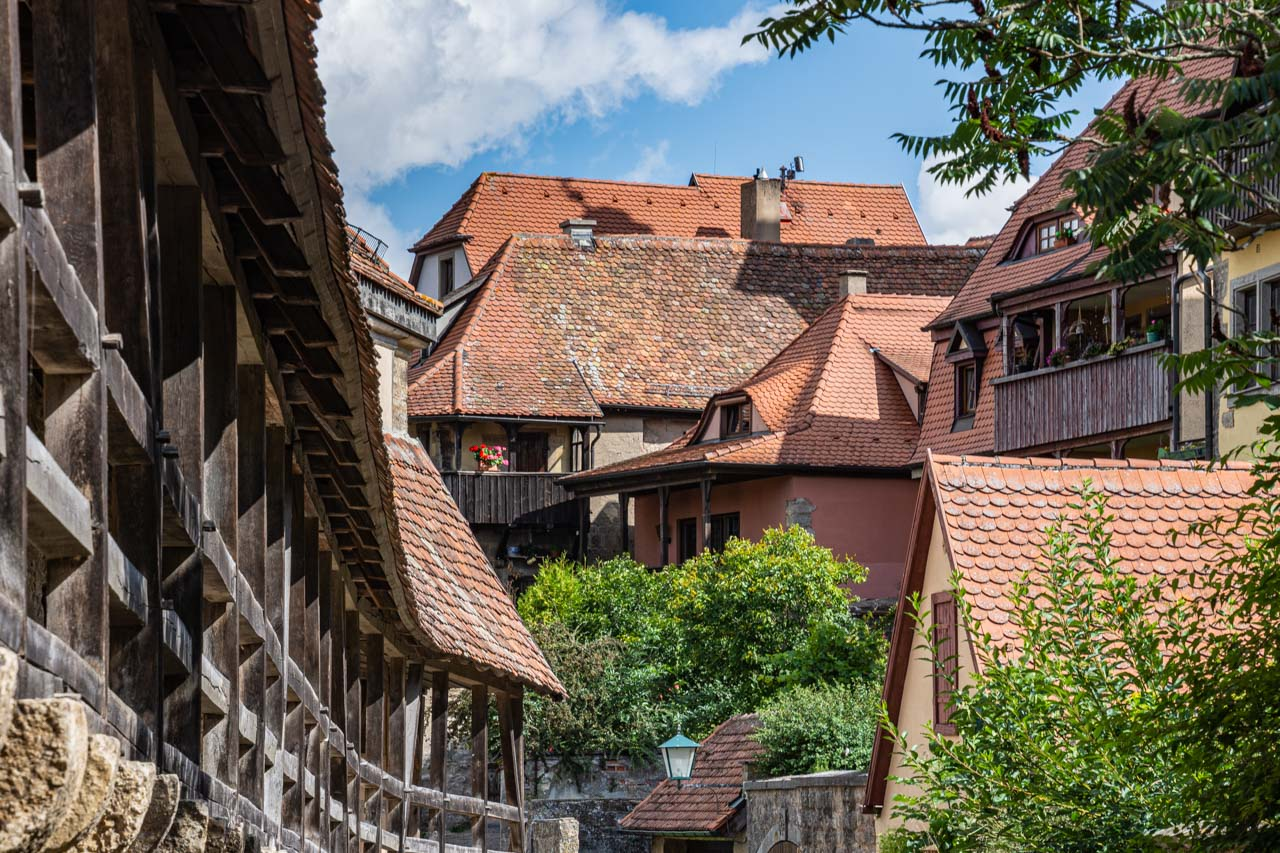 Rothenburg's medieval wall and nearby houses